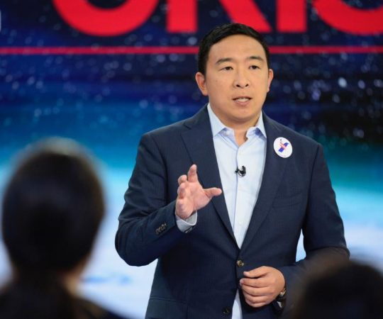 Andrew Yang wades into backlash above new 'SNL' cast member's bigoted comments