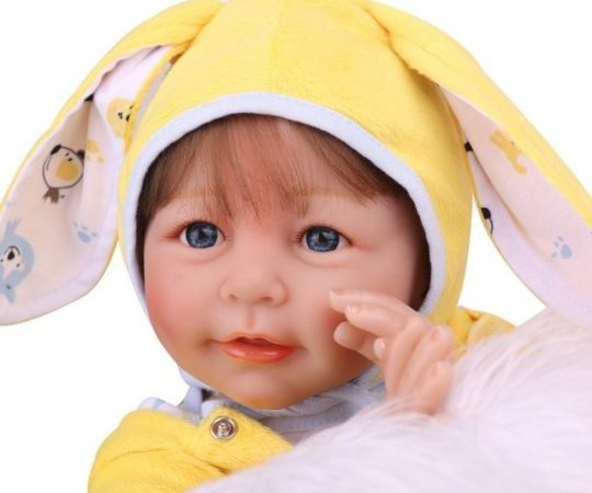 Realistic dolls help poor mothers to live life